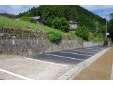 ★ 茶谷専用駐車場きれいになりました。