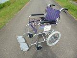 介助式車椅子