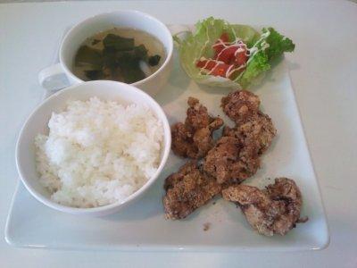 【塩こうじから揚げハーブソルト♪】ライス・サラダ・スープ付