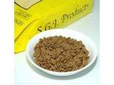 白身魚肉、穀物を主原料とした全犬用ドライフード
