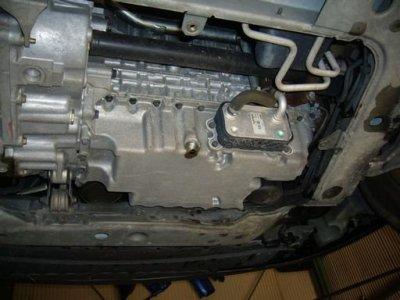 VOLVO V70 エンジンオイル交換 及び リヤブレーキパット交換