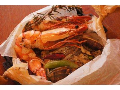 本日の鮮魚の紙包み焼き