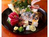 鮮魚の盛り合わせ各種