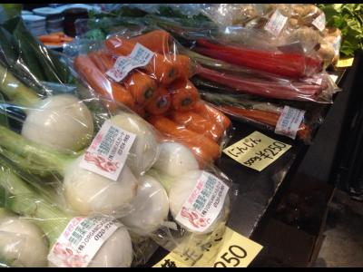 5月のマルシェ (^^♪ 無農薬野菜と無添加調味料など