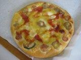 とろ~りチーズたっぷりピザ