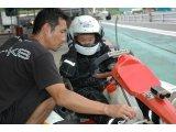 レーシングカートを気軽に体験できる…初心者走行時間帯をご活用ください!!