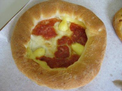 カマンベールチーズピザ