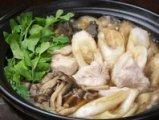本場秋田のきりたんぽ鍋をご用意しています。