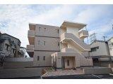 JR大和路線・久宝寺駅から徒歩11分の新築マンション。家賃81,000円共益費3,000円。