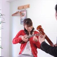 初心者の為のギターとウクレレの音楽教室IROHA