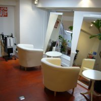 hair salon CrOSS