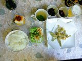 【日替わり定食】コシアブラの天ぷらと山菜