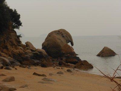 象岩のある六口島へTVロケのお手伝い