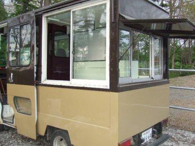 キッチンカー4号(左面)