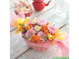 バラとガーベラのキャンディーアレンジメント